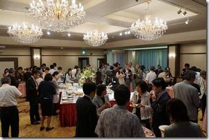 日本ガラス工芸学会創立40周年記念祝賀会 歓談中 2