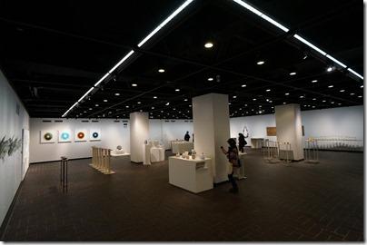 第8回ガラス教育機関合同作品展 ギャラリーB EV側から左