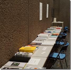 「第8回ガラス教育機関合同作品展」 各学校の学校案内コーナー